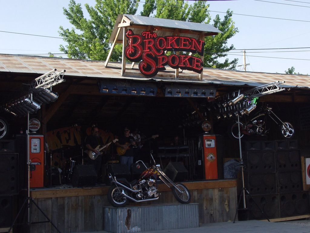 band at Broken Spoke