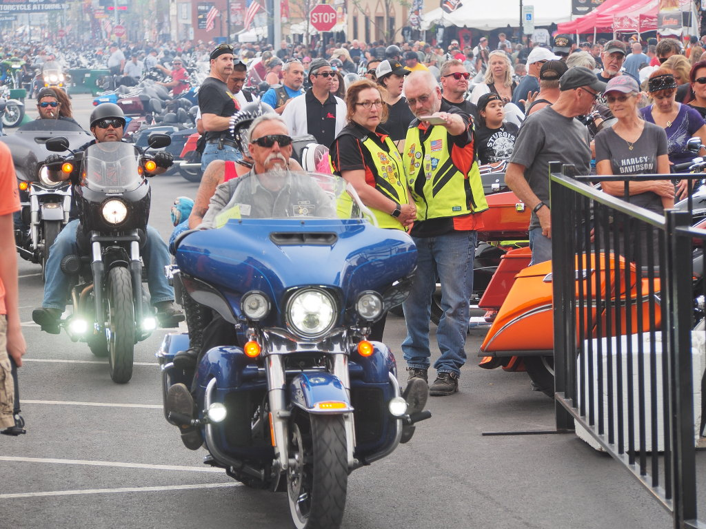 thousands of bikers