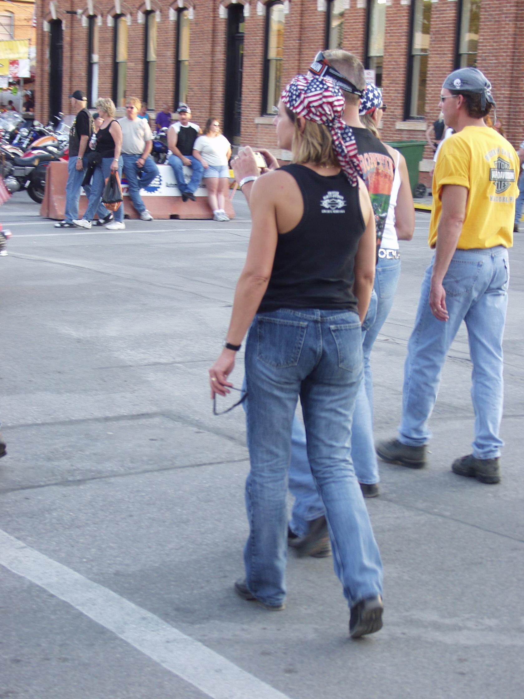 Patriot bandanna woman
