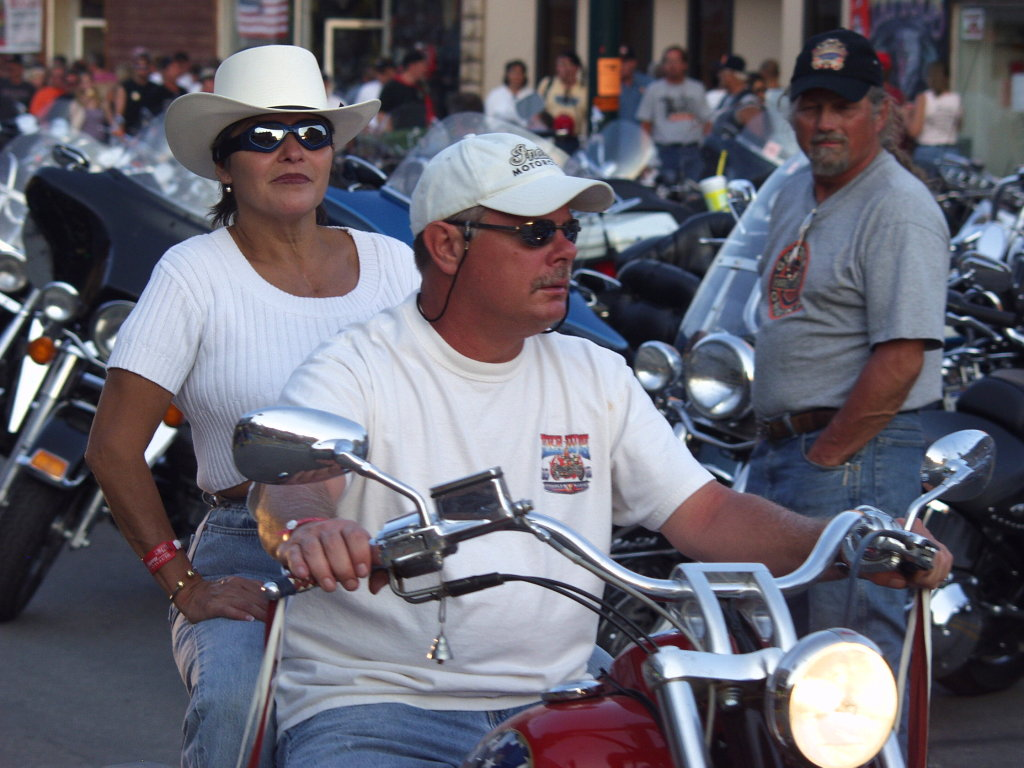 tanned riders