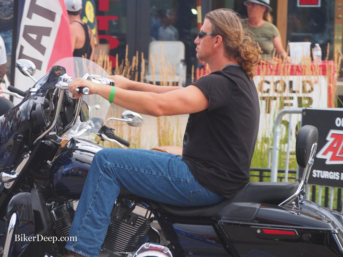 Ponytail Rider