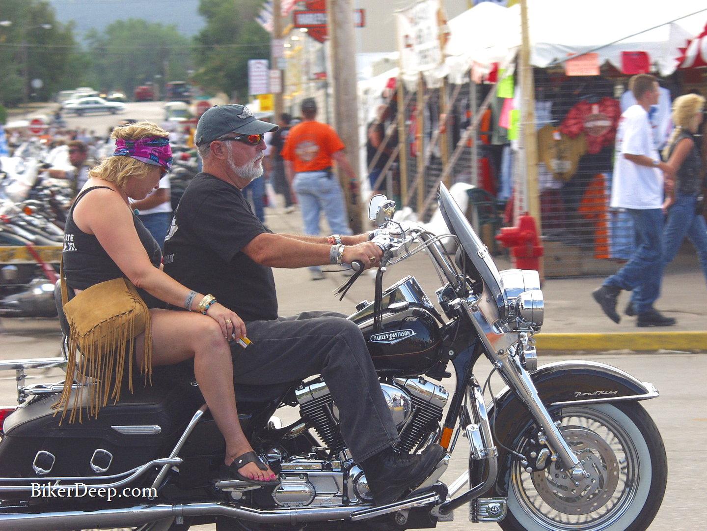 biker buckskin
